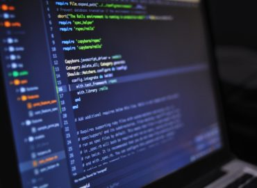 싱가포르의 새로운 사이버 보안법 IM8, 내년 연말까지 80% 적용